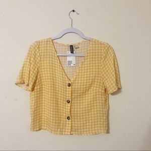 NWT Yellow + White H&M crop top